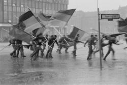 Harald_Hauswald Berlin-Mitte 1987 1.Mai